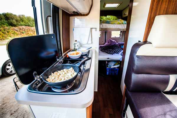 Packing for your RV kitchen
