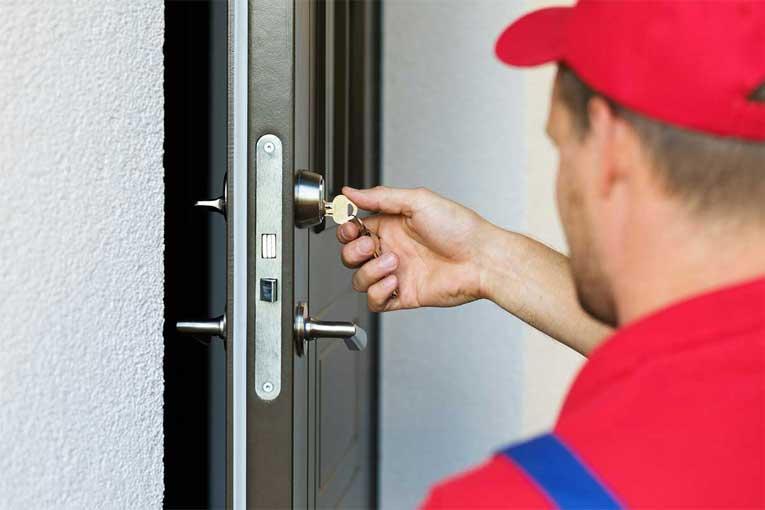 How to Repair the Door Lock Cylinder